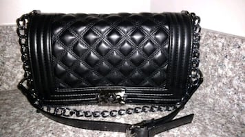 Black handbag purse