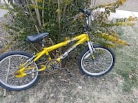 yellow and black BMX bike Downers Grove, 60516