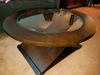 round brown wooden framed glass top coffee table Toronto, M1T 2H3