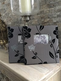 Flocked fabric photo album x 2 Mississauga, L5N 7Y6