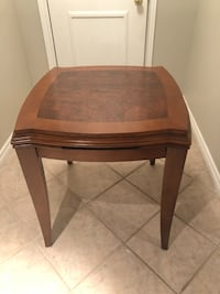 Wood side table  Vaughan, L4L 1S2
