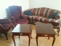Broyhill couch,  two chairs, end tables  coffee ta Martinsburg