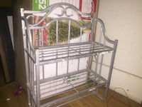 Metal book shelf pick up only  Springfield, 01107