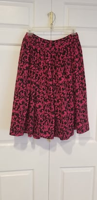 red and black floral skirt Hyattsville, 20784