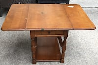 Table – accent / vintage - 38.75 x 27.75 x 21.75 tall Columbus