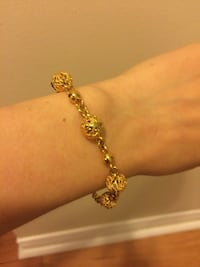 Gold plated bracelet  Kingston, K7M 8Y5