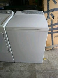 white top-load clothes washer Tampa, 33625