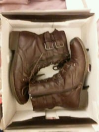 """""""GUESS"""" ankle boots.  Size 7 womens Omaha, 68114"""