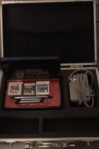 Super Mario 3D land themed Nintendo 3Ds with 3 games & Protective case