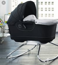Orbit baby bassinet and rocker Chicago