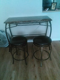 Bar with stools Richmond Hill, 31324