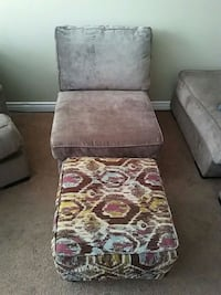 Small sofa and ottoman 70.00 like new