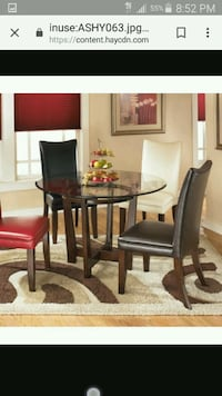 Dining room table and 4 chairs  Alexandria, 22311