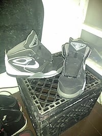 black-and-white Nike Flicht basketball shoes Akron, 44311