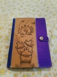 purple and white floral leather wallet Montréal, H1E 1R2