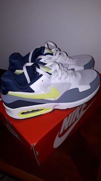 NIKE AIR MAX NEW!  SIZE 10.5 Toronto, M1S 2B2