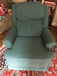 green fabric padded sofa chair Gaithersburg, 20878