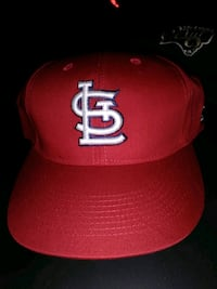 red and white fitted cap Forsyth, 31029