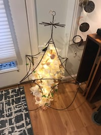 Faux flower Chandelier with galaxy LED lights Arlington, 22205
