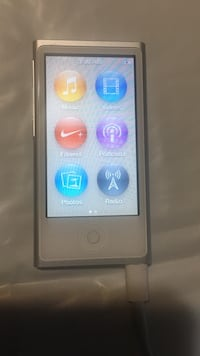 white iPod Nano 7th gen Bellevue, 98007