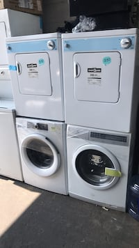white front-load clothes washer and dryer set Nueva York, 10462