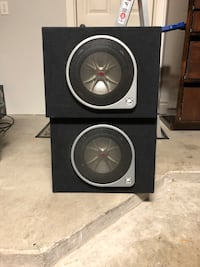 """Kicker 10"""" subwoofer with truck box - PAIR"""