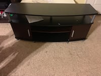 Ameriwood Home Carson TV Stand for TVs up to 50 Inches Wide (Cherry/Black) Bakersfield, 93306