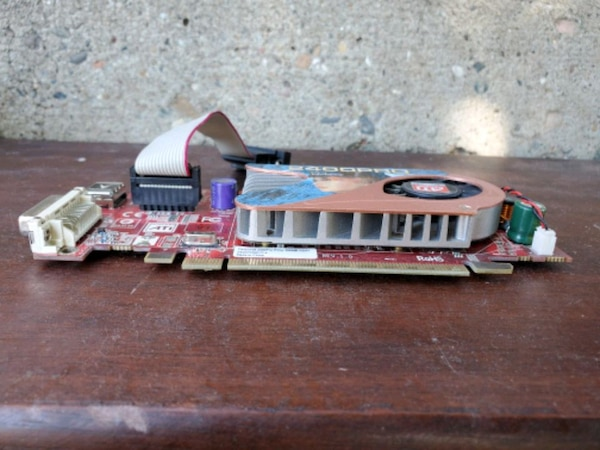 2400 ati radeon graphics card 2