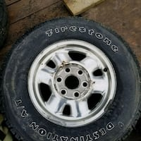 Chevy or gmc truck rims and tires  Shedden, N0L 2E0