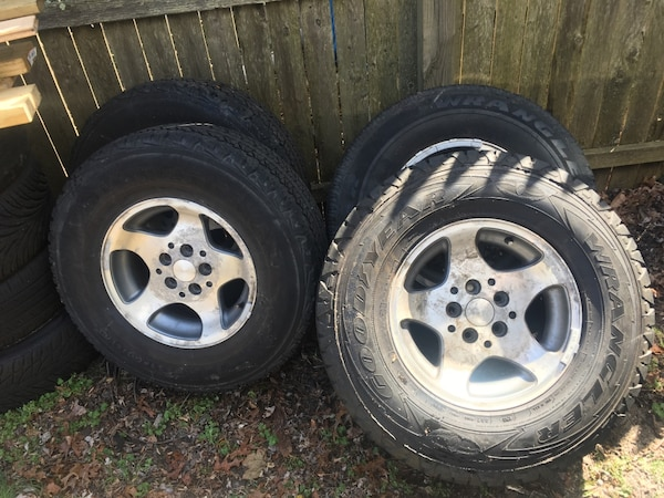 Jeep Rims And Tires >> Jeep Rims And Tires 15 Rims Tires Are 30 X 9 5 X 15