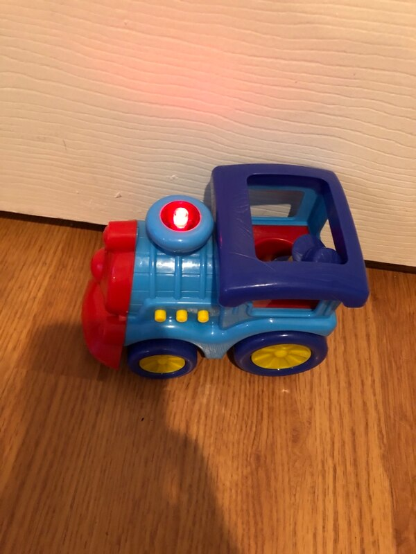 Toddler toy train and police car- lights up and makes noises a1775f1b-1f1c-49cb-9712-0f84f4d7972d