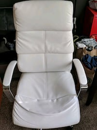 white leather padded rolling chair Bethesda, 20817