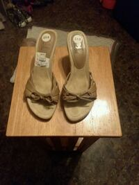 Open-Toe Shoes, Size 8 1/2 Montgomery, 36105