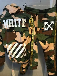 Off-White Camouflage Hoodie ve Jogger