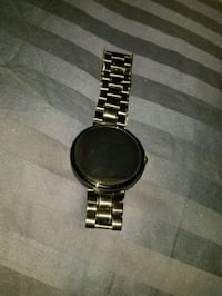 Black motorola 360 1st gen 46mm face  47 km