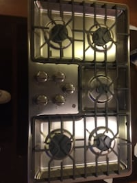 Stainless steal 5 burner cooktop / GE brand new out of box 30 km