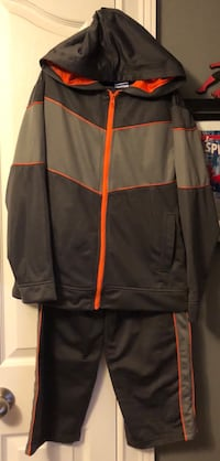 Youth 2pc Hoodie and Jogger set size L 10/12 Phenix City