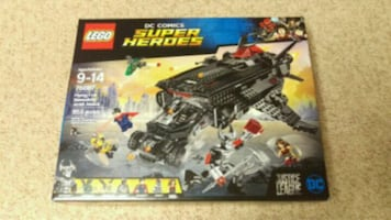 LEGO Justice League Flying Fox: Batmobile Airlift Attack 955 PCS