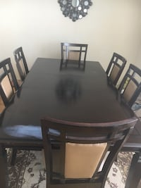 Dining room table with 6 chairs Toronto, M3H