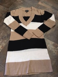 Sweater dress Calgary, T3G 1S4