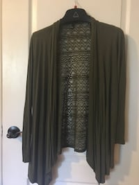 Forever 21 sweater size M Toronto, M6L 1R7