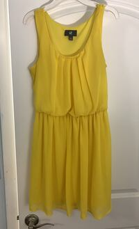 Dress Size Small Clifton, 07012