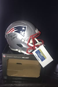 New England Patriots helmet full size  Signed with picture by Ty Law.. Centreville, 20121