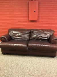 Leather sofa/couch Omaha, 68135