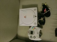 white Nintendo Gamecube console with controller Germantown, 20874