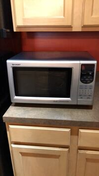 Conventional Oven/microwave- as is (negotiable ) Ashburn, 20148
