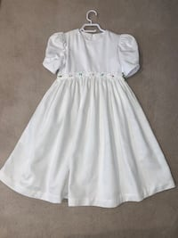 Girl's White Dress 1st Communion / Confirmation Beaconsfield, H9W 5Y7