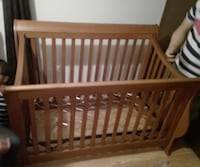 Solid Wood Crib  null