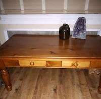 Coffee table and end table Belleville, K8N 4Y9