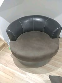 Sofa chair Mississauga, L5L 1T7